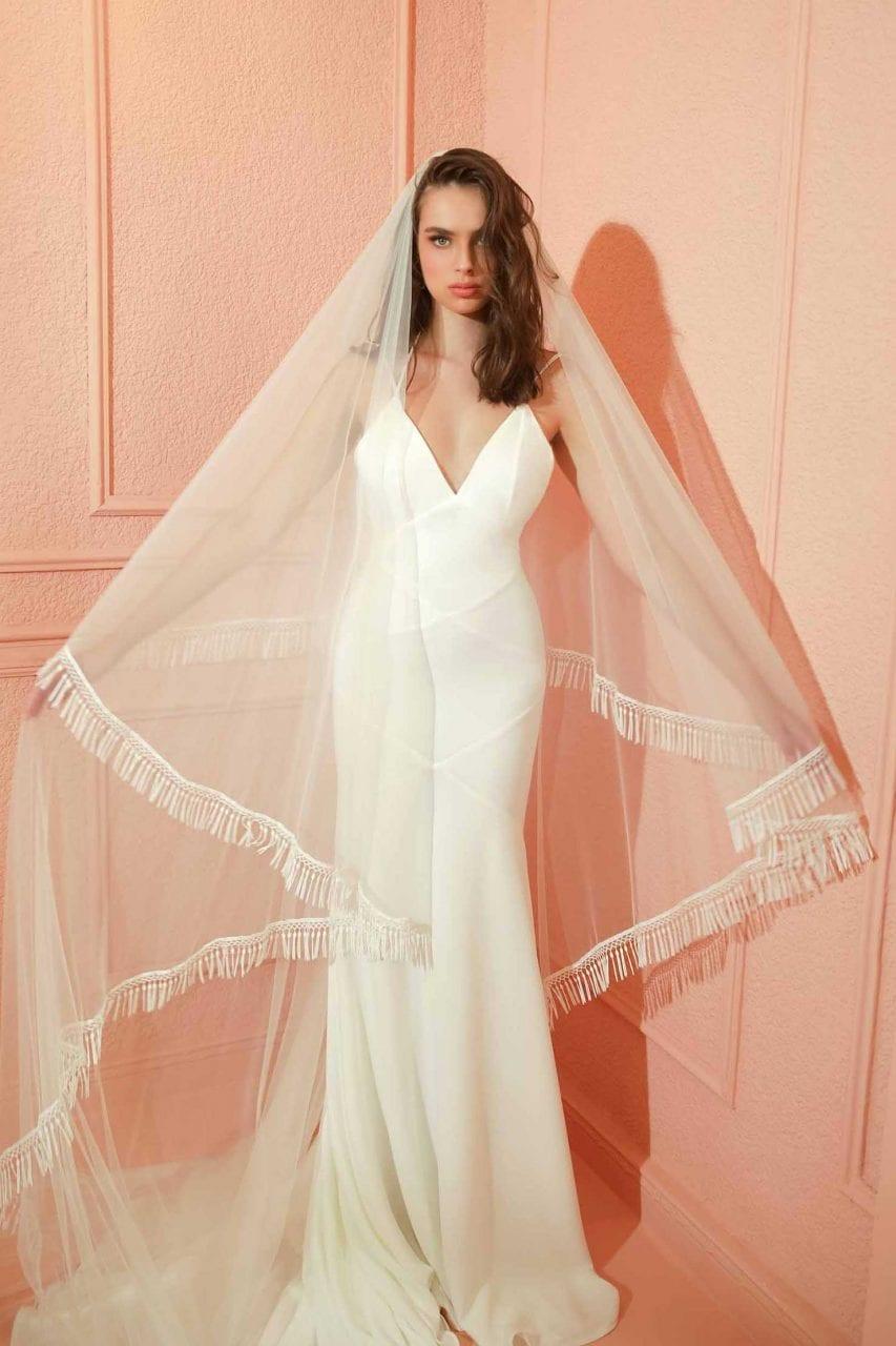 Amy veil front
